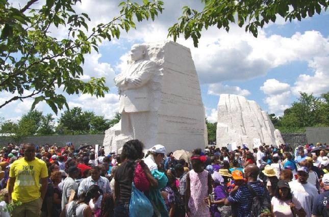 MLK-Monument-01
